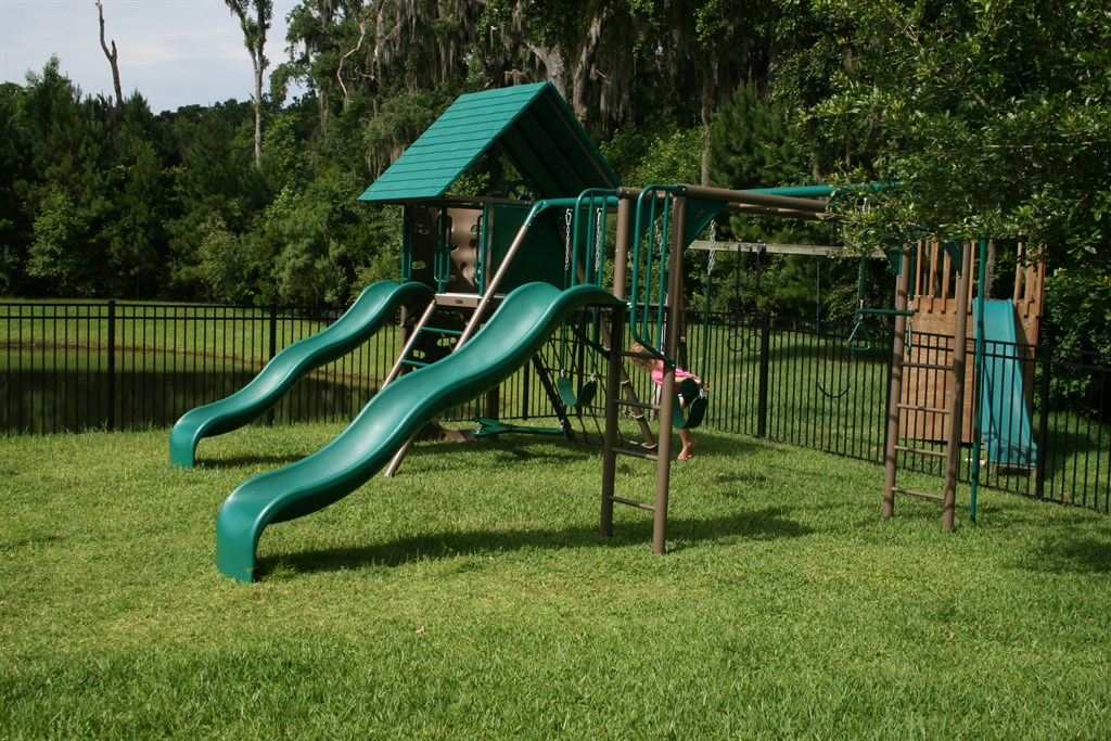 Diy Playsets Play Houses Swing Sets And Playgrounds Assembly Service Furniture Assembly
